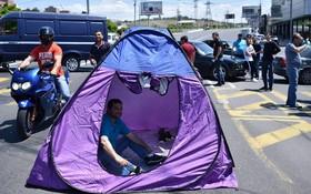بستن جاده ها در ایروان توسط مخالفان در ارمنستان