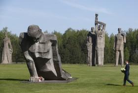 بنای یادبودکشته ها در جنگ جهانی دوم در لیتوانی