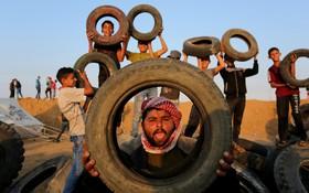 تظاهرکنندگان فلسطینی علیه اشغالگران صهیونیست