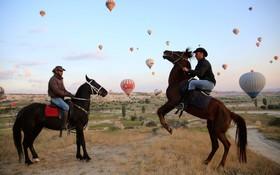اسب سواری و بالن سواری در کاپادوکیای ترکیه