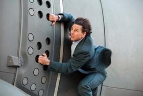 بدلکاری خطرناک تام کروز در «ماموریت غیرممکن ۶» +عکس