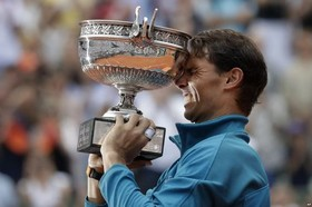 پیروزی رافائل نادال اسپانیایی در مسابقات تنیس اوپن فرانسه