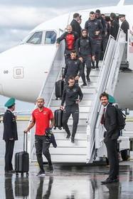 رسیدن تیم ملی فوتبال سوییس به فرودگاه شهر سامارا روسیه برای حضور در رقابت های جام جهانی 2018 فوتبال