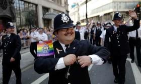 راهپیمایی سالانه حمایت از حقوق دگرباشان جنسی در لندن