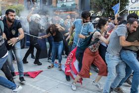 تظاهرات گروه های چپگرای ترکیه در سومین سالگرد انفجار انتحاری در گردهمایی جوانان در سوروج ترکیه/ استانبول