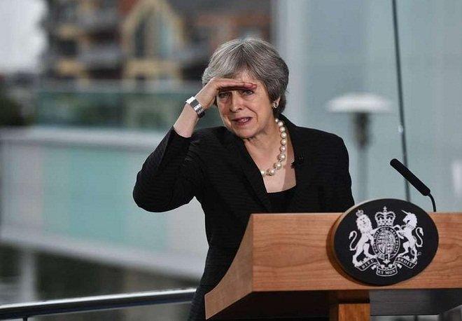 سخنرانی ترزا می، نخست وزیر انگلستان در بلفاست، ایرلند شمالی.