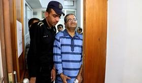 دادگاه متهم به احتکار دارو در شیراز