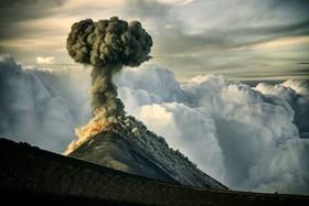 "آتشفشان ""فوئهگو "" در گواتمالا"