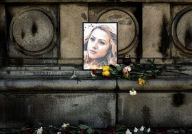 يادبود خبرنگار بلغاری كه پس از آزار جنسي كشته شد