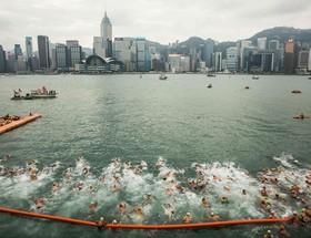 مسابقات سالانه شنا در هنگ کنگ