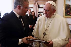 دیدار رییس جمهوری کلمبیا با پاپ فرانسیس در واتیکان