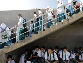 مانور زلزله در یکی از مدارس اندونزی