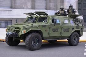 """خودروهای نظامی هدیه چین به دولت آرژانتین برای تامین امنیت شهر """"بوینوسآیرس"""" هنگام برگزاری نشست دو روزه سران گروه بیست"""