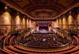 کنسرت کاخ الکساندرا در لندن، انگلستان