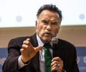 """سخنرانی """"آرونولد شوارتزنگر"""" فرماندار سابق ایالت کالیفرنیا آمریکا در """"پنلی"""" در کنفرانس بینالمللی بررسی تغییرات اقلیمی در لهستان"""
