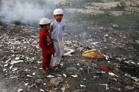 """حاشیه به شدت آلوده رود """"بوریگانگا"""" در شهر داکا بنگلادش"""