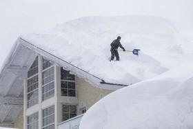 """بارش 1.8 متر برف در شهر """"فیلزموس"""" اتریش"""