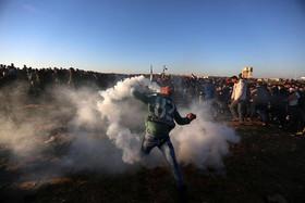 """تظاهرات هفتگی """"حق بازگشت"""" فلسطینیها در مرز غزه و اسراییل"""