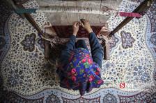 """هنر بافت فرش""""دو رو ابریشم""""در مناطق ترکمننشین خراسان شمالی"""