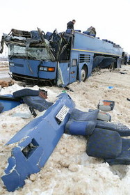 تصادف یک اتوبوس در روسیه. در این سانحه 7 نفر از جمله چند کودک کشته شدند.