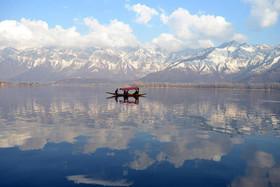 """دریاچه """"دال"""" در سرینگر کشمیر"""