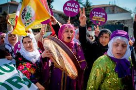 گردهمایی زنان در آستانه روز جهانی زن در استانبول ترکیه