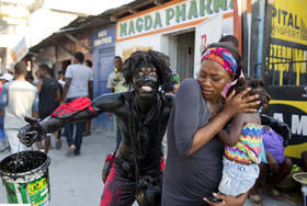 """کارناوال خیابانی سالانه در شهر """"پورتوپرنس"""" پایتخت کشور هاییتی"""