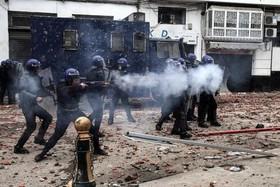 """تظاهرات مخالفان در پایتخت الجزایر در اعتراض به ادامه ریاست جمهوری """" عبدالعزیز بوتفلیقه"""