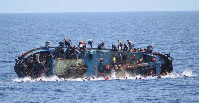 مهاجران در آب
