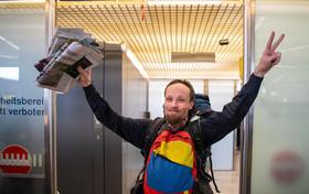 """آزادی """"بیلی سیکس"""" روزنامهنگار آلمانی پس از 4 ماه زندانی شدن در ونزوئلا"""