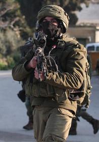 """نظامیان اسراییلی در روستای """"سالم"""" در حومه شهر نابلس در کرانه باختری"""