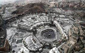 (تصاویر)  نمایی از نمازگزاران در کعبه، مقدس ترین مکان مسلمانان در مکه در ماه رمضان