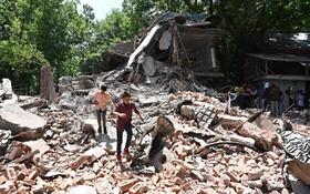 (تصاویر)  محل درگیری مسلحانه نیروهای امنیتی هند با نیروهای شورشی مسلمان در کشمیر و تخریب چند خانه