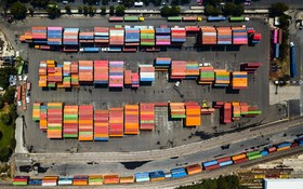 (تصاویر)  کالاهای آماده صادرات به آمریکا در مکزیک