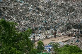 (تصاویر)  مرکز انبار زباله در میانمار یانگون