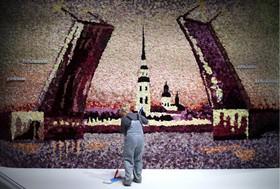 (تصاویر) نمایشگاه آثار هنری در سنت پترزبورگ در روسیه