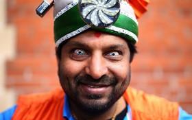 (تصاویر)  یک حامی تیم ملی کریکت هند در بازی مقابل استرالیا