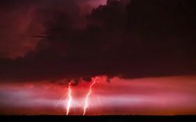 (تصاویر) توفان و رعد و برق در لهستان