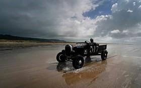 (تصاویر) مسابقه ماشین های قدیمی در انگلیس