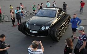 (تصاویر) تبدیل یک خودرو بنتلی گران قیمت به شنی دار در سنت پترزبورگ روسیه