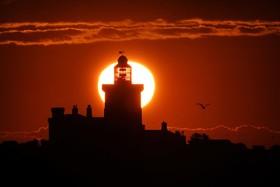 (تصاویر) طلوع آفتاب در ساحلی در انگلیس