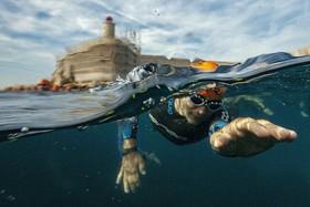 (تصاویر) مسابقه شنای کنت مونت کریستو در مارسی فرانسه