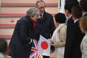 (تصاویر) ورود ترزا می نخست وزیر مستعفی انگلیس که به عنوان نماینده انگلیس در اجلاس جی بیست شرکت کرده به ژاپن