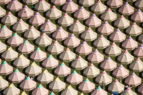 (تصاویر) چادرهای شرکت کنندگان در جشنواره موسیقی گلاستون بری در انگلیس
