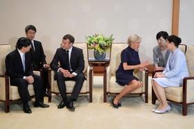 (تصاویر) دیدار امانوئل مکرون رییس جمهوری فرانسه و همسرش با امپراتور ژاپن و همسرش در حاشیه اجلاس جی بیست