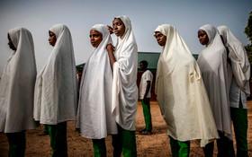 (تصاویر) دانش آموزان اقوام فولانی در نیجریه در مدرسه ای در استان کادونا