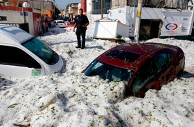(تصاویر) توفان برف و یخ درگوادالاخارا در مکزیک