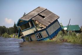 (تصاویر) خانه تخریب شده در سیل ایرکوتسک در روسیه