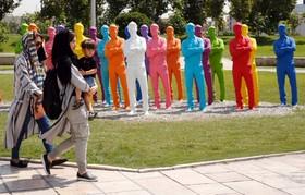 (تصاویر) بخشی از میدان آزادی در تهران و مجسمه هایی که در این میدان نصب شده