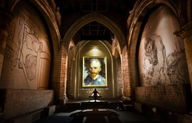 (تصاویر) نمایشگاه ونگوگ در کلیسایی در یورکشایر انن
